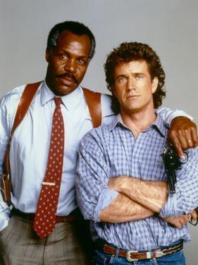 LETHAL WEAPON, 1987 directed by RICHARD DONNER Danny Glover and Mel Gibson (photo)