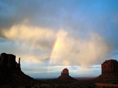 Rainbow Over Buttes, Monument Valley Navajo Tribal Park, U.S.A.