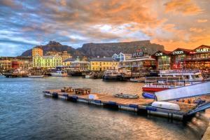 Capetown South Africa by lhboucault