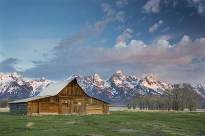 Sunrise At Mormon Row In Grand Teton National Park