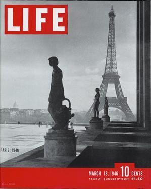 LIFE Paris Eiffel Tower 1946