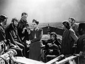 Lifeboat by Alfred Hitchcock with Walter Slezak, Hume Cronyn, Tallulah Bankhead, Heather angel and