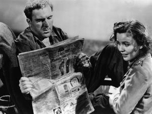 Lifeboat by Alfred Hitchcock with William Bendix and Mary Anderson, 1944 (b/w photo)