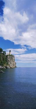 Lighthouse on a cliff, Split Rock Lighthouse, Lake Superior, Minnesota, USA
