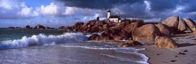 Lighthouse on the Coast, Pontusval Lighthouse, Brignogan, Finistere, Brittany, France