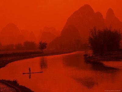 https://imgc.allpostersimages.com/img/posters/limestone-mountains-li-river-fishermen-yangshou-guilin-china_u-L-P58E0K0.jpg?p=0