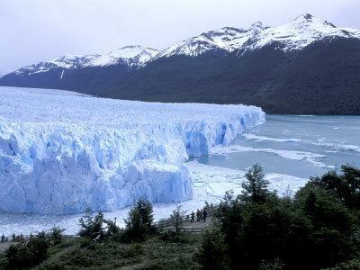 Santa Cruz Perito Moreno Glacier on Lake Argentina, Patagonia, Argentina