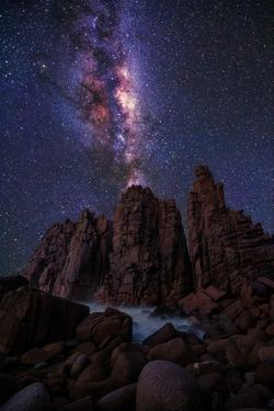 Pinnacles Milky Way by Lincoln Harrison