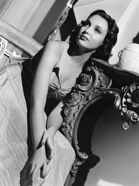 Linda Darnell dans les annees 40 in the 40's (b/w photo)