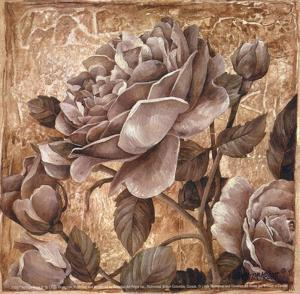 Antique Rose II by Linda Thompson