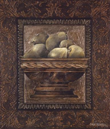 Rustic Bowl of Pears