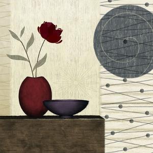 Soliflore I by Linda Wood