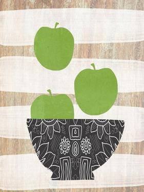 Green Apples by Linda Woods