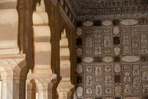 Details Of Amer Fort In Jaipur, India by Lindsay Daniels