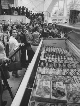 Crowds Checking Out Frozen Foods at the Us Exhibit, During the Poznan Fair by Lisa Larsen