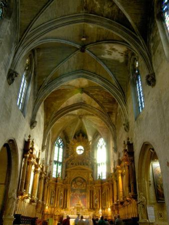 Gothic Interior of St. Pierre Church, Avignon, Provence, France