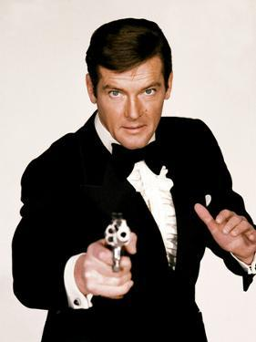 Live and Let Die, Roger Moore, 1973