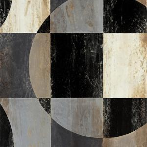 Interlocking Circles III by Liz Jardine