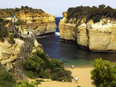 https://imgc.allpostersimages.com/img/posters/loch-ard-gorge-port-campbell-national-park-great-ocean-road-victoria-australia_u-L-P2T8W20.jpg?p=0