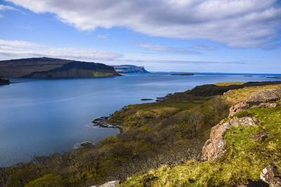 https://imgc.allpostersimages.com/img/posters/loch-na-keal-isle-of-mull-inner-hebrides-argyll-and-bute-scotland-united-kingdom_u-L-PWFBKK0.jpg?p=0