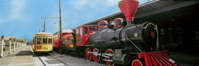 https://imgc.allpostersimages.com/img/posters/locomotive-at-the-chattanooga-choo-choo-chattanooga-tennessee-usa_u-L-PSN5PK0.jpg?p=0