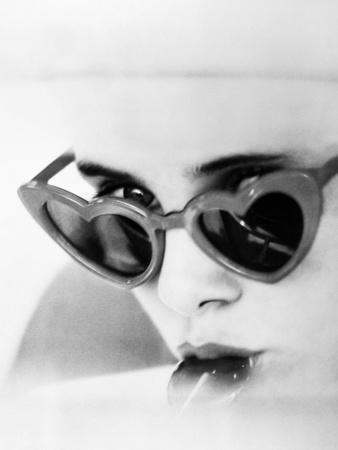 https://imgc.allpostersimages.com/img/posters/lolita-1962_u-L-Q10TR830.jpg?p=0