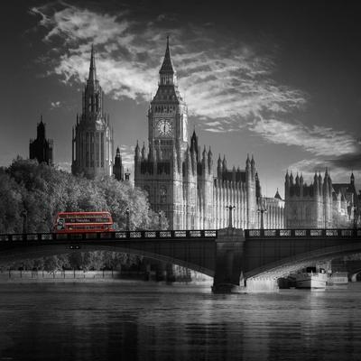https://imgc.allpostersimages.com/img/posters/london-bus-iv_u-L-PXKYR10.jpg?p=0