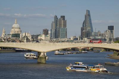 https://imgc.allpostersimages.com/img/posters/london-city-skyline-1_u-L-Q1AS98A0.jpg?p=0