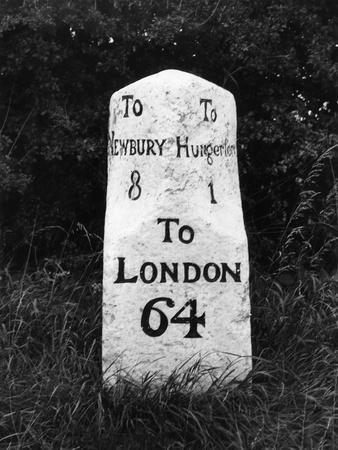 https://imgc.allpostersimages.com/img/posters/london-milestone_u-L-Q107JNW0.jpg?p=0