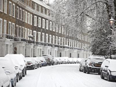 https://imgc.allpostersimages.com/img/posters/london-street-in-snow-notting-hill-london-england-united-kingdom-europe_u-L-PFNKFV0.jpg?p=0