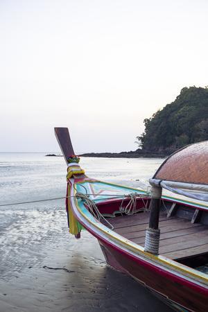 https://imgc.allpostersimages.com/img/posters/longtail-boat-on-ko-koh-lanta-thailand-southeast-asia-asia_u-L-PWFS800.jpg?p=0