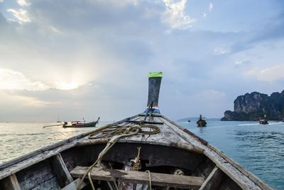 https://imgc.allpostersimages.com/img/posters/longtail-boat-railay-beach-krabi-thailand-southeast-asia-asia_u-L-PWFQTQ0.jpg?p=0