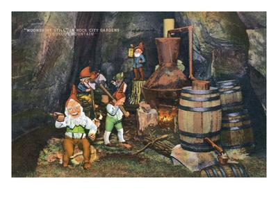 https://imgc.allpostersimages.com/img/posters/lookout-mountain-tennessee-fairyland-caverns-interior-view-of-gnomes-at-a-moonshine-still_u-L-Q1GPGXN0.jpg?p=0