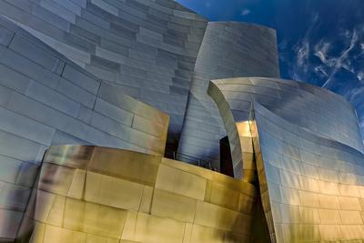 https://imgc.allpostersimages.com/img/posters/los-angeles-california-the-disney-concert-hall-exterior_u-L-PU3EJM0.jpg?artPerspective=n