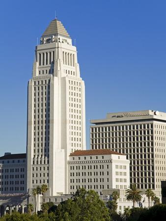 https://imgc.allpostersimages.com/img/posters/los-angeles-city-hall-california-united-states-of-america-north-america_u-L-PFNR830.jpg?p=0