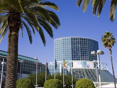 https://imgc.allpostersimages.com/img/posters/los-angeles-convention-center-california-united-states-of-america-north-america_u-L-PFNFBU0.jpg?p=0