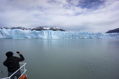 https://imgc.allpostersimages.com/img/posters/los-glaciares-national-park-argentina_u-L-PWFKSV0.jpg?p=0