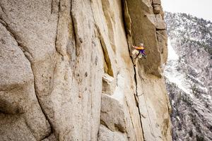 Life Time Climber Makes Short Work of Totally Unreliable in Little Cottonwood Canyon, Utah by Louis Arevalo