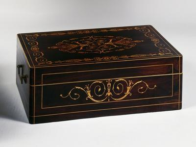 https://imgc.allpostersimages.com/img/posters/louis-philippe-style-chest-with-rosewood-veneer-finish-and-light-wood-inlays-france_u-L-PP13ND0.jpg?p=0