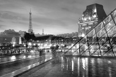 https://imgc.allpostersimages.com/img/posters/louvre-with-eiffel-tower-vista-2_u-L-Q1C0TYP0.jpg?p=0