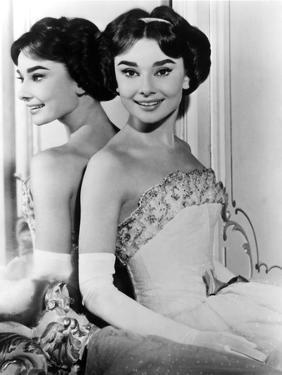 Love in the Afternoon, Audrey Hepburn, 1957, Reflection