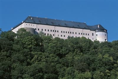 https://imgc.allpostersimages.com/img/posters/low-angle-view-of-a-castle-cerveny-kamen-castle-slovakia_u-L-PW30LZ0.jpg?p=0