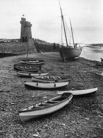 https://imgc.allpostersimages.com/img/posters/low-tide-at-lynmouth_u-L-Q107HNQ0.jpg?p=0