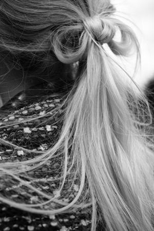 Ponytail by Luc Coiffait