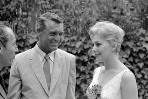 Cary Grant et Kim Novak in Cannes by Luc Fournol