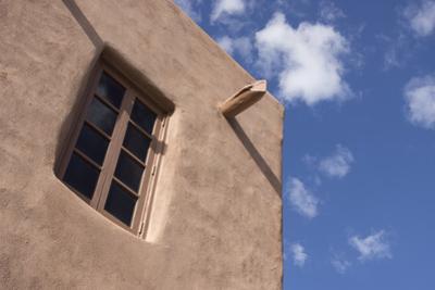 New Mexico, Santa Fe. Typical Southwestern Hispanic Style Architecture