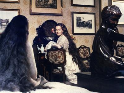 https://imgc.allpostersimages.com/img/posters/ludwig-le-crepuscule-des-dieux-1972-directed-by-luchino-visconti-romy-schneider-photo_u-L-Q1C1AFL0.jpg?artPerspective=n