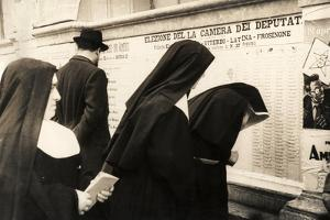 Nuns in Front of a List for the Election of the House of Deputies 18 April 1948 by Luigi Leoni