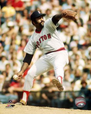 Luis Tiant - Pitching