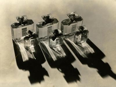 Vogue - December 1934 - Perfume Perfection